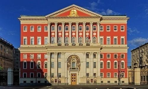 С 18 января школы Москвы вернутся к очному формату обучения