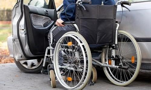 В Новосибирской области инвалидов бесплатно обучают водить автомобиль