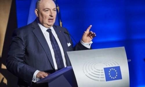 «Расизм больше не допустим». Глава ЕЕК надеется на суровое наказание Ле Пена