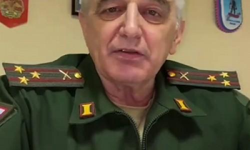 Поздравил с 8 марта и предложил сдать бывших в армию военком Ленобласти
