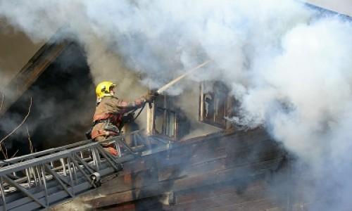 Пожарный извещатель спас две многодетные семьи в Кировском районе Новосибирска