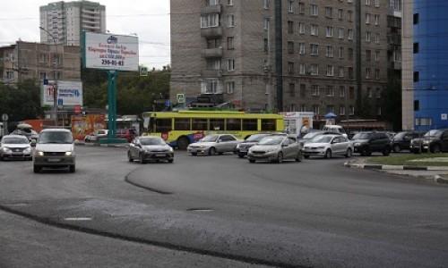 Ремонт кольцевых перекрёстков у цирка и Фёдоровских бань завершат до октября