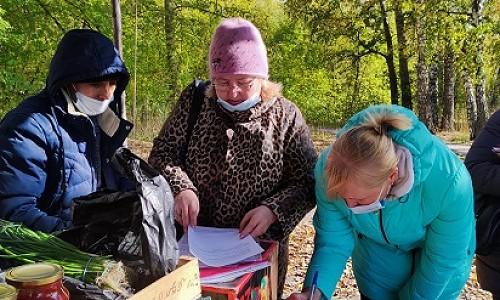 В Советском районе Новосибирска организовали 65 тёплых торговых мест