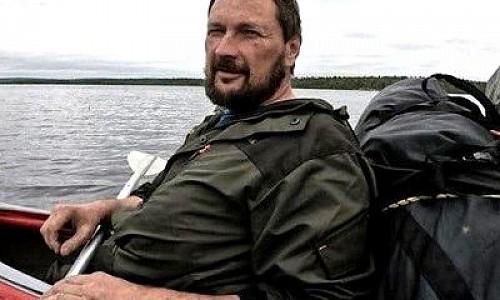 Пошел пешком в Хакасию и потерялся. Пропавшего туриста разыскивают на Алтае