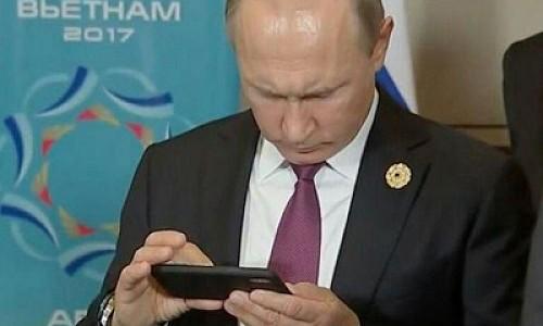 """""""Аквадискотека"""". Игра, созданная по мотивам расследования Навального, набирает популярность в Google Play"""