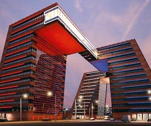 Для инновационного порыва прекрасных зданий оказывается недостаточно