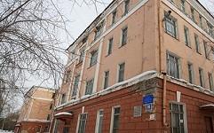 В Дзержинском районе Новосибирска тихо умирает старейшая городская школа №57