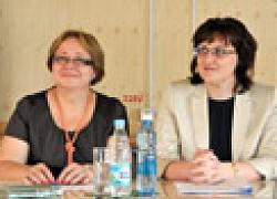 Ольга Данилова (справа),  обещает расширить продажи